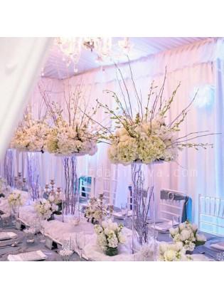 Композиции на стол в белом цвете