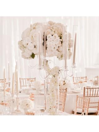 Белоснежная свадебная композиция на стол
